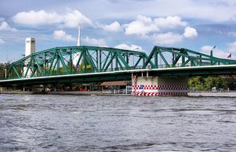 Phra-Phutthayotfa-Brücke